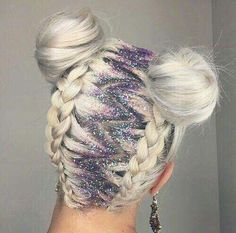 How to: Glitter roots & festival hair - Hair Styles Pretty Hairstyles, Braided Hairstyles, Latest Hairstyles, Crazy Hairstyles, Trending Hairstyles, Hairstyle Ideas, Funky Hairstyles For Long Hair, Dance Hairstyles, Casual Hairstyles