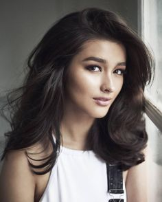 """174k Likes, 1,703 Comments - Liza Soberano (@lizasoberano) on Instagram: """"Photographed by: @bjpascual  Make-up by: @mickeysee  Hair by: @nantealingasa  Styled by:…"""""""
