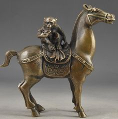 Antique Old Vintage Brass Handwork Hammered The Monkey Riding Horse Lucky Statue  tools wedding Decoration Brass