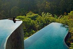 Stay in hotel with infinity pool in Bali