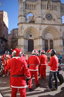 Photoinvestigacionchema: Papas Noel motorizados por Cuenca