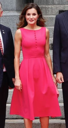 Queen Letizia of Spain wearing bespoke Carolina Herrera fuchsia pink fit-and-flare  dress ed4b920a1d