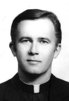 Paulist Fr. Bob Curtis (1932 - 2004)