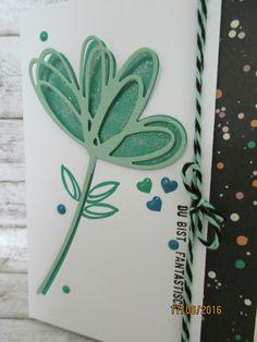 Grüße voller Sonnenschein - die ausgestanzte Blume in Szene gesetzt