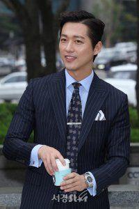 Asian Actors, Korean Actors, Namgoong Min, Lee Junho, Korean Entertainment, Pop Singers, Korean Men, Love At First Sight, Gentleman Style