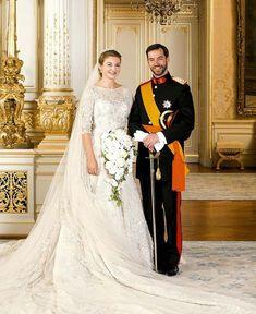 Guillermo y Stéphanie de Luxemburgo celebran su segundo aniversario de boda y esperan a 'la cigüeña' que no llega