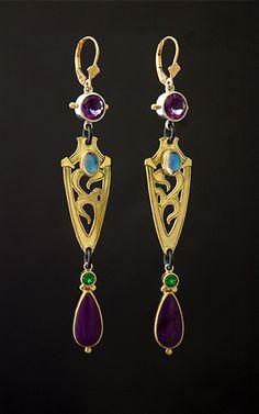 purple-long-drop-gold-earrings