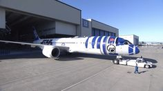 Behind the scenes of painting the Star Wars-themed R2-D2 plane