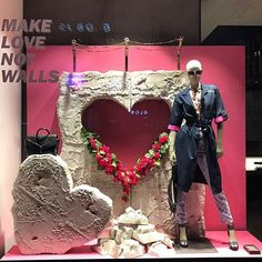 Make love not walls Shoe Display, Visual Display, Retail Windows, Store Windows, Visual Merchandising, Styrofoam Art, Vitrine Design, Boutique Decor, Store Window Displays