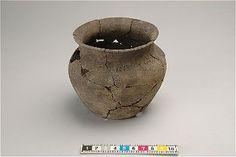 Viking age ceramic vessel found in Hablingo, Gotland, Sweden. Historiska museet Sweden.
