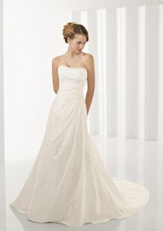 Ivory Strapless Taffeta Embroidery A-line/princess Wedding Dress .