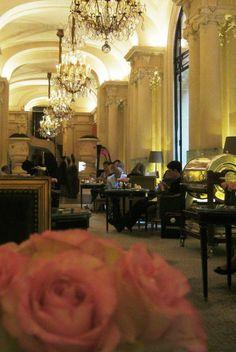 PLAZA ATHENEE | PARIS