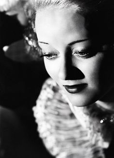 "Bette Davis ... ""I'm the nicest goddamn dame that ever lived."""