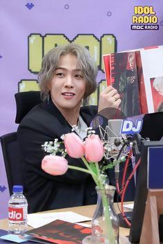 Radio D, Dancing King, Kim Dong, Hanbin, Monsta X, Beautiful Boys, Ikon, Dancer, Long Hair Styles