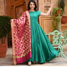 Ready Made Dresses Green Color Long gown with heavy Banarasi Dupatta Indian Designer Outfits, Indian Outfits, Designer Dresses, Designer Kurtis, Indian Clothes, Long Gown Dress, The Dress, Frock Dress, Long Dresses
