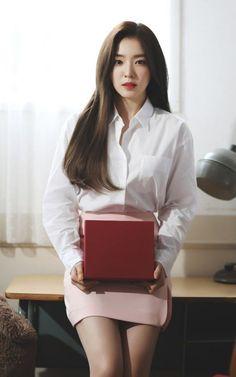 Aesthetic Photography Pastel, Red Valvet, Red Velvet Irene, Beautiful Gorgeous, Queen Bees, Yoona, Seulgi, Girl Crushes, Mehndi Designs