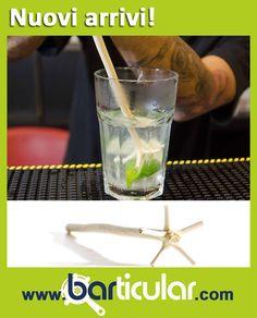 SWIZZLE - Miscelatore in legno Tiki caraibico. Generalmente usato per tiki cocktail, punch e il famoso Rum swizzle, è uno strumento di miscelazione per mescolare i liquidi ad alta velocità e raffreddarli rapidamente. http://www.barticular.com/store/tiki-party-line/swizzle-stirrer-caraibico-in-legno