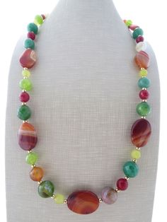 Collana con pietre dure multicolor di agata gialla, verde, gioielli fatti a mano…