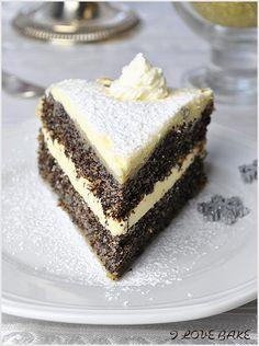 Tort makowy - I Love Bake Poppy Seed Recipes, Czech Recipes, Ethnic Recipes, Polish Recipes, Polish Food, Poppy Seed Cake, Dream Cake, Sweets Cake, Christmas Baking