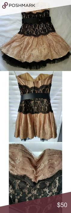 Gorgeous Jessica McClintock Dress Gorgeous black and rose gold lace Jessica McClintock dress for any special occasion. Size 2. Worn only once. Jessica McClintock Dresses