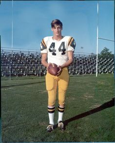 Ray Guy - an NFL punter who was inducted into the College Football Hall of Fame. College Football Players, Football Hall Of Fame, Football Uniforms, School Football, Sport Football, Ray Guy, Sport Hall, Oral History, Sports Images