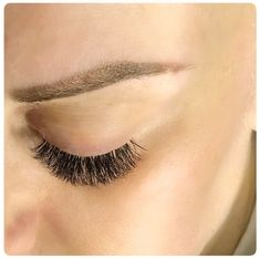 🤩 𝑳𝒂𝒔𝒉𝒆𝒔 𝑴𝒂𝒌𝒆 𝑬𝒗𝒆𝒓𝒚𝒕𝒉𝒊𝒏𝒈 𝑩𝒆𝒕𝒕𝒆𝒓 Beautiful set of Russian Lash Extensions on my client. Appointments available this week. Lvl Lashes, Eyelashes, Lvl Lash Lift, Russian Volume Lashes, Lash Tint, Individual Lashes, Everything Is Awesome, Eyelash Extensions, Appointments