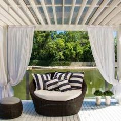 Exuberante: Jardins ecléticos por Loro Arquitetura e Paisagismo