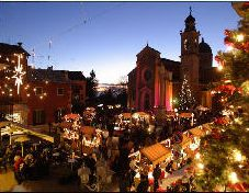 2015 Christmas market, in Montebelluna, Dec. 13 and Dec. 20, 8 a.m.–7p.m., Viale della Vittoria, about 33 miles northeast of Vicenza, Christmas gift ideas and ornaments.