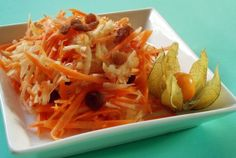 Recipe: Grated Carrot Apple Salad with Cranberries - Integrative Cancer Answers Allergy Free Recipes, Vegetarian Recipes, Healthy Recipes, Fruit Recipes, Salad Recipes, Grated Carrot Salad, Congealed Salad, Grain Salad, Seafood Salad