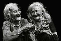 Reír siempre, a través de los años, es la mejor expresión de la sabiduría