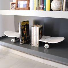 The best Kids' Room: skateboard bookends - Skate-Home | Skateboard Furniture & Design