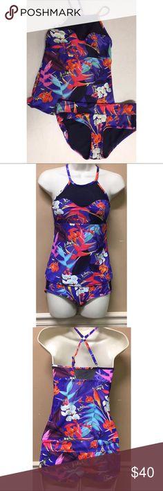 Athleta Floral Tankini Swimsuit Size XS Athleta Floral Tankini Swimsuit Size XS. EUC Athleta Swim Bikinis