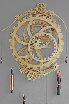 Free Woodworking Plans Wooden Gear Clock Plans from Hawaii by Clayton Boyer Wooden Clock Plans, Wooden Gear Clock, Wooden Gears, Wood Clocks, Wood Plans, Woodworking Furniture, Woodworking Projects, Teds Woodworking, Woodworking Beginner