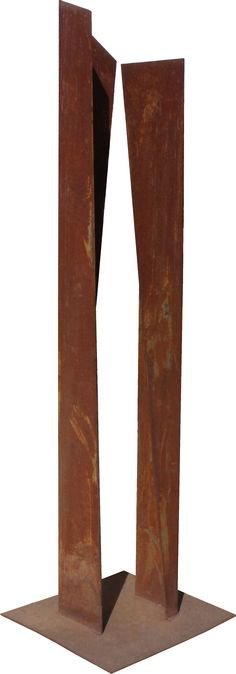 Gilberto Lustosa Torre aberta,Sac 300, 55 x 55 x 233 cm, 2003