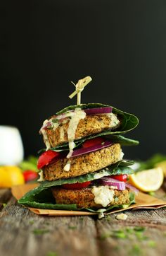 HEALTHY, simple Baked Falafel Burgers make a filling, #vegan #glutenfree dinner