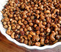 Krydderristede kikerter og nøtter