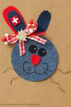 Monsieur Le Lapin Complètement Suisse !! Recyclage des pantalons over troués de mes garçons. Made by www.pinterest.com/fleurysylvie. #jean #recycle