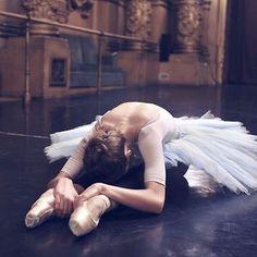 E assim uma bailarina