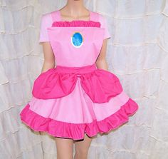 Princess Peach Pink Ruffled Pinafore Apron Costume Skirt Adult ALL Sizes - MTCoffinz Disneyland Outfit Summer, Disneyland Outfits, Princess Running Costume, Running Costumes, Diy Princess Peach Costume, Princess Aprons, Pink Princess, Pinafore Apron, Cosplay Outfits