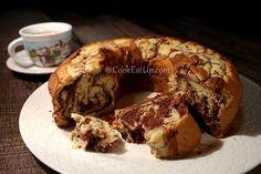 Απίθανο κέικ βανίλια σοκολάτα που δεν μπαγιατεύει, απλά ωριμάζει και μελώνει! Greek Sweets, Greek Desserts, Cookie Desserts, Greek Recipes, Sweet Loaf Recipe, Greek Cake, Maple Cake, Greek Cookies, Sweet Corner