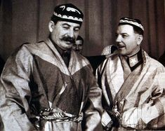 ☭⚑✭The Soviet Broadcast✭⚑☭ Franklin Expedition, Joseph Stalin, Fidel Castro, Rare Photos, Communism, Wwii, Photographs, Portraits, Socialism