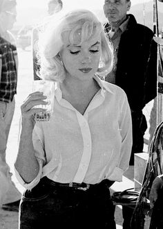 Marilyn Monroe photographed on the set of The Misfits, 1960