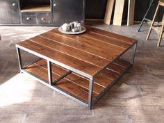 Table basse carrée en bois et métal. Fabrication artisanale française et sur mesure