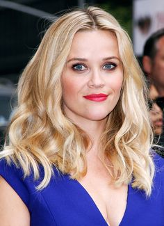 Reese Witherspoon's tousled waves