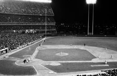 Its the Mets vs. Oakland and the A's have bases loaded in the seventh as relief pitcher Tug McGraw strikes out Bert Campaneris to save the day. Shea Stadium, Jets Football, Baseball Field, Night, Gallery, Sports, Hs Sports, Roof Rack, Sport
