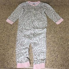 Baby PJs Very cute, snap closure PJs.  Free of any stains or tears, soft comfortable cotton material Carter's Intimates & Sleepwear
