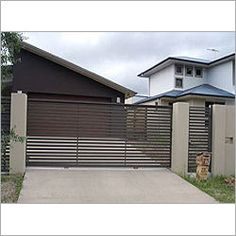 We are a company leader in the manufacture of security fence systems. A wide range of high-quality security fence solutions for residential use. Front Gate Design, House Gate Design, Front Gates, Entrance Gates, Modern Fence Design, Electric Gates, Boundary Walls, Modern Entrance, Sliding Gate