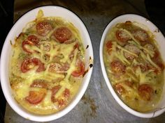 Tuna Mornay w/ zucchini and cherry tomatoes Healthy Family Meals, Healthy Habits, Healthy Dinners, Seafood Recipes, Diet Recipes, Healthy Recipes, Michelle Bridges, Fish Dishes, Health Foods