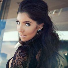 @melissamolinaro   Styled by @jordan_grossman   Make up @beautybyrokael   Hair by @hairbytraci   #solmazsaberi #sneak for @unleashd_mag