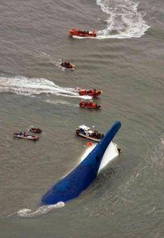 Piedra del Aguila.-: Dos muertos y casi 300 desaparecidos en el naufrag...